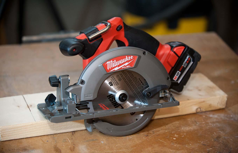Milwaukee cordless circular saw